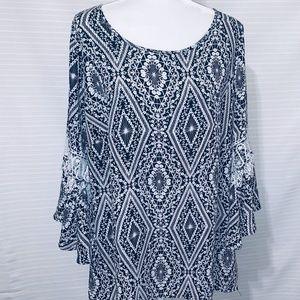 Women's 14/16 Black Bell-Sleeve Floral-Diamond Top